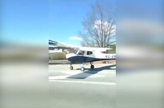 Uçak otoyola iniş yaptı