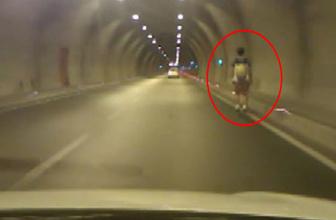 Tünelde kaykay ile tehlikeli yolculuk