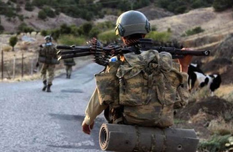 Tunceli'de askerlere ateş açan teröristlere operasyon