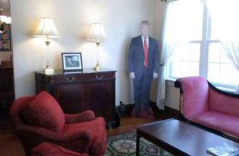 Donald Trump'un çocukluğunu geçirdiği ev artık kiralık