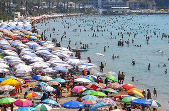 Erdoğan konuştu turizmcileri bayram tatili sevinci sardı