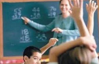 Devlet okulunda tecrübeli öğretmen için veliden para alındığı iddiası