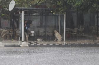 İstanbul'a yaklaşıyor hava durumu tahmincilerini şaşırttı