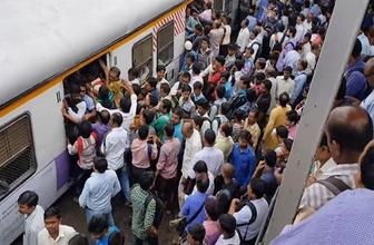 Tıklım tıklım bir tren tıklım tıklım bir istasyona yanaşırsa?