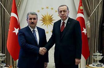 """""""Erdoğan AK Parti'ye katılmam için davet etti"""""""