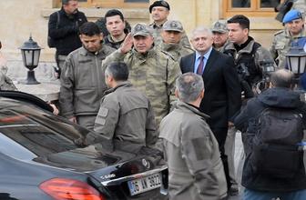 Genelkurmay Başkanı Orgeneral Akar, birlikleri denetledi