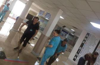 İzmir'deki sağanakta hastaneyi su bastı