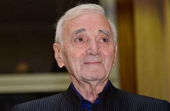 Dünyaca ünlü şarkıcı Aznavour yaşamını yitirdi