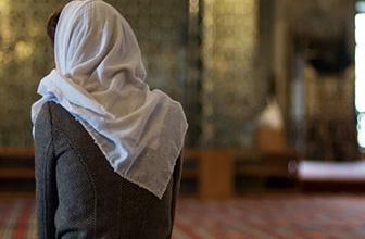 Cuma günü kısmet açmak için okunacak dua Türkçe okunuşu