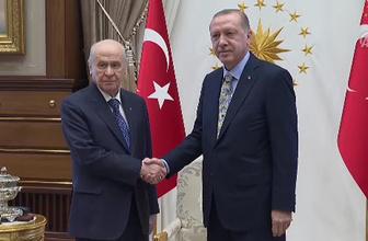 Erdoğan ve Bahçeli görüşmesi başladı gözler Külliye'de