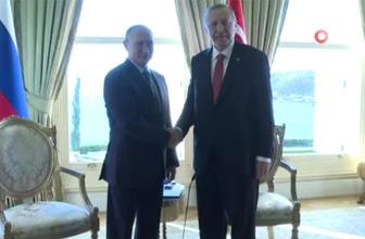 Cumhurbaşkanı Erdoğan ile Vladimir Putin bir araya geldi