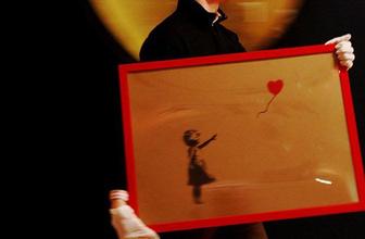 1 milyon poundluk sanat eseri kendini imha etti