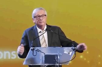 AB Komisyonu Başkanı Junker'den Teresa May'i taklidi
