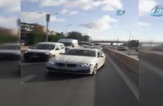 TEM'de 'rögar kapağı' kazası: 3 araç birbirine girdi