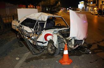 Kaza sonrası hurdaya dönen araçtan sağ çıktı
