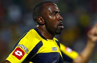 Efsane futbolcu Darius Vassel Ankaragücü için geldi!