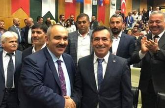 CHP'li Belediye Başkanı istifa edip AK Parti'ye katıldı