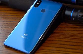 Xiaomi Mİ 9 özellikleri sızdırıldı! Yeni amiral gemisi...