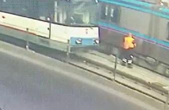 Sultangazi'de temizlik işçisine iki tramvay birden çarptı