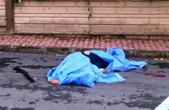 Sokak ortasında kovaladığı kadını öldürüp, intihar etti