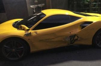 Garson 3 Ferrari'ye çarptı halk yardıma koştu