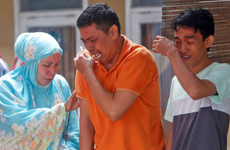 Türkiye'den tsunaminin vurduğu Endonezya'ya acil yardım