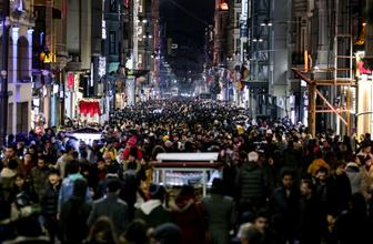 Taksim'de yılbaşı hareketliliği başladı