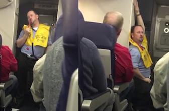 Bu kabin memuru bildiğiniz gibi değil! Uçuş güvenliğini anlatırken erotik biçimde...