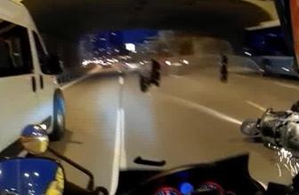 E-5 Karayolu'nda motosikletlinin metrelerce sürüklendiği kaza kamerada