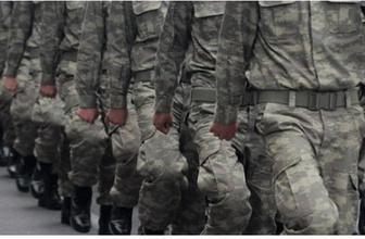 Bakan Akar ve komuta kademesi yeni askerlik sistemini görüştü
