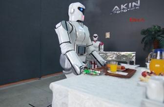 Konya'da Erik Dalı oynayan robot yaptılar