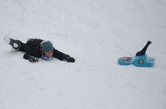 Edirne'de kar bastırdı saatlik hava durumu fena