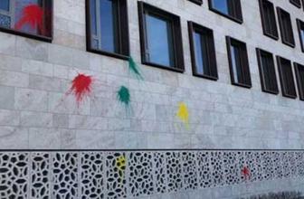 Türk Büyükelçiliği'ne çirkin saldırı