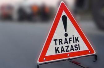 Gaziantep'te TIR seyir halinde otomobile çarptı