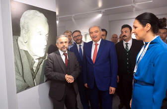 Başkan Uysal'dan İstanbul'a Necip Fazıl sürprizi