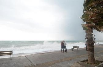 Antalya, Muğla, Burdur ve Isparta için fırtına uyarısı