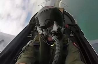 Çılgın pilotun bu görüntüsü sosyal medyayı salladı