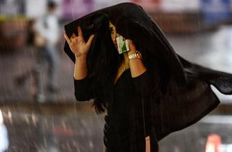 İzmir hava durumu saatlik tahmin korkuttu son rapor