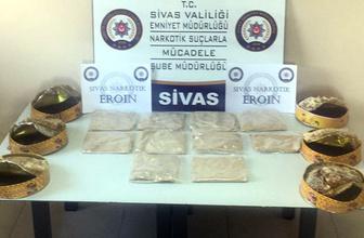 Sivas'ta bal kutularının içinde bulundu