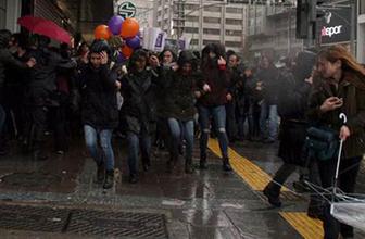 Kadınlar Günü açıklamasına polis müdahalesi! Gözaltılar var