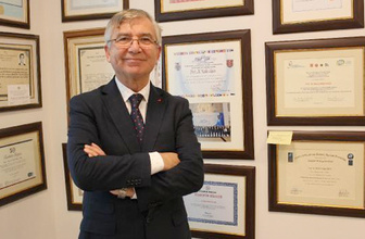 Türkiye'ye karşı büyük oyun! Prof. Caşın açıkladı