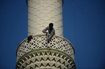 Pompalı tüfekle minareye çıktı: Özel harekat alarma geçti!