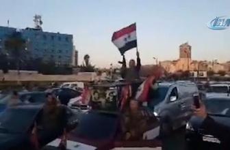 Suriyeliler Rus bayrakları ile sokaklara döküldü!