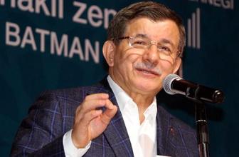 Ahmet Davutoğlu: 7 yıldır zalimler kardeşlerimizi katlediyor