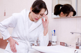 Baş ağrısı huzursuz bağırsak sendromu belirtisi olabilir