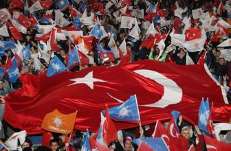 Erken seçim bayrak üreticisine bayram ettirdi! 1 milyar lira...