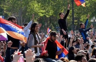 Ermenistan'da göstericiler yeniden sokakta