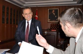 Hacettepe eski rektörüne FETÖ'den gözaltı