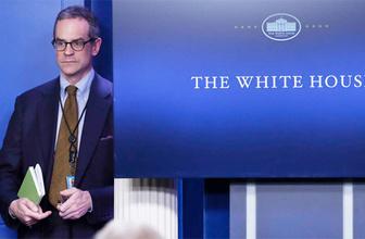 Beyaz Saray'da yaprak dökümü