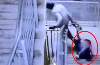 Dehşet görüntüler! Hırsız kadını metrelerce sürükledi